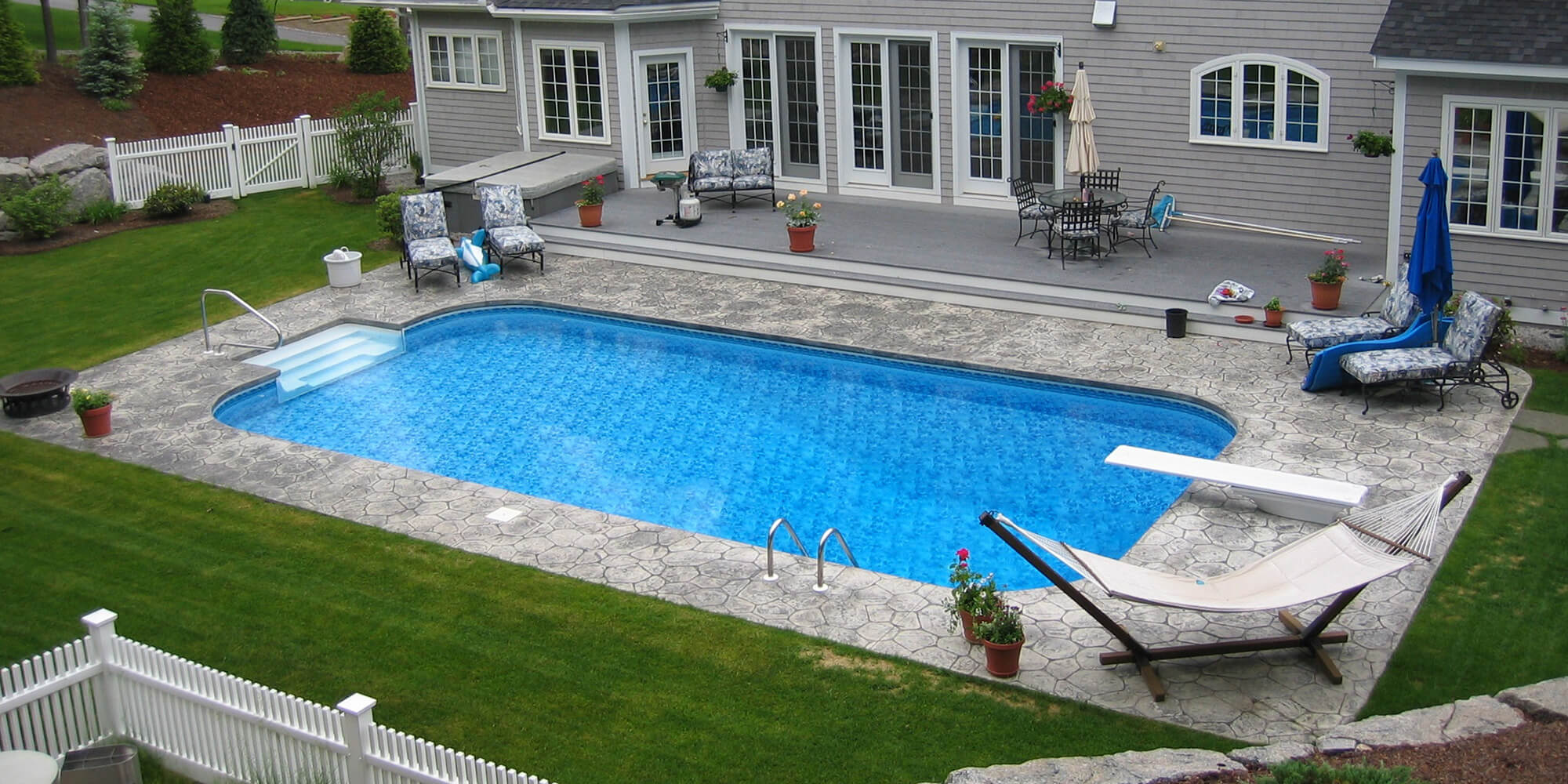 Custom Pools And Spas Nh